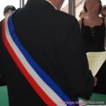 Cérémonie à la marie : le maire célèbre le mariage